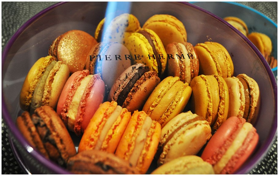 20-macarons-from-Pierre-Herme